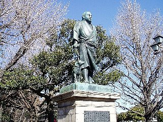 西郷 上野 隆盛 公園 【上野公園】上野戦争で戦った西郷隆盛と彰義隊の像と墓